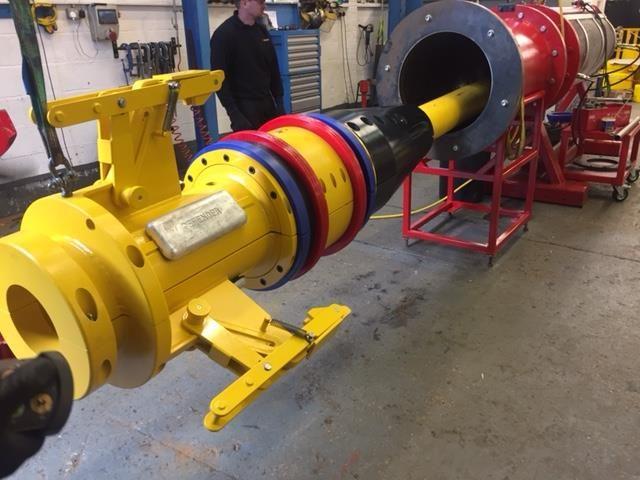 supergrip-j-tube-seal-assemblies-bend-restrictors-statoil-installation-main